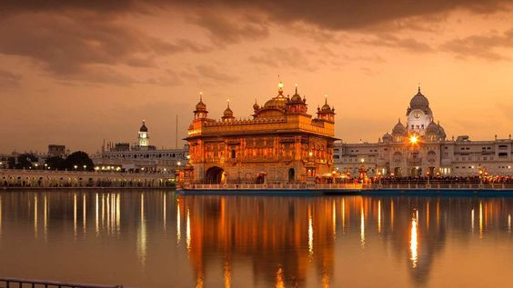 Golden temple Best Tourist Places in amritsar