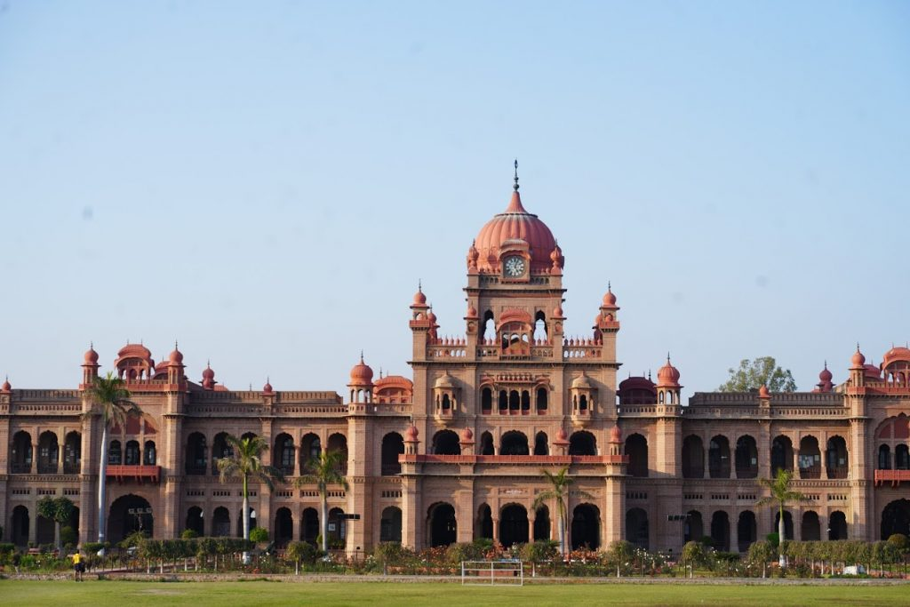 khalsa college, Tourist places in amritsar
